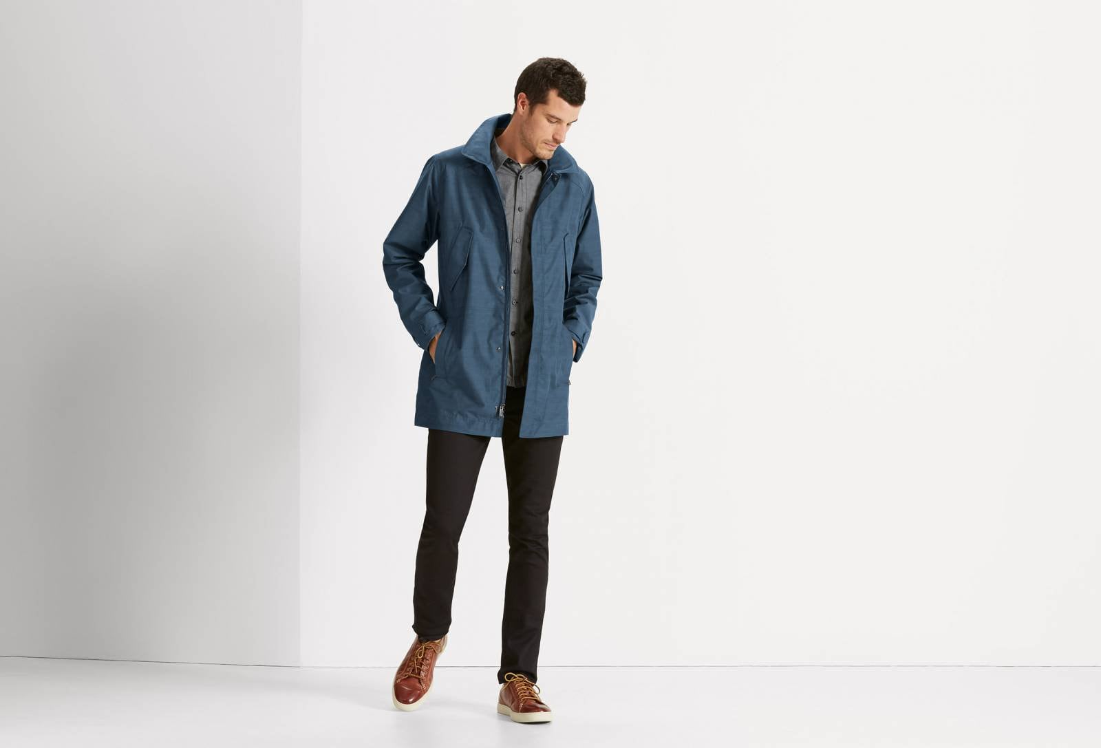QUINTESSENTSHELL WATERPROOF TRENCH COAT